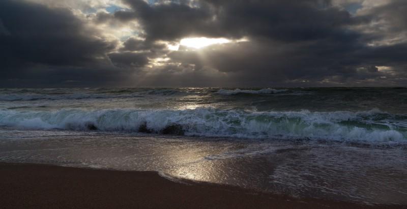 Tuulisel rannal