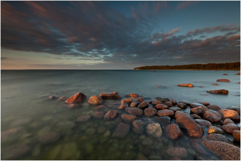 Õhtupäike kividel