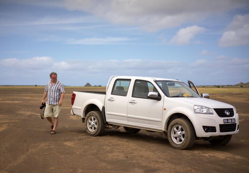 Hiina autoga kõrbes